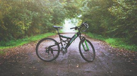 Podstawowe akcesoria rowerowe – co warto mieć?